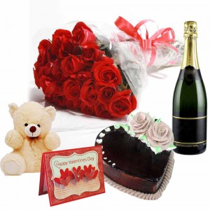 ROYAL VALENTINE CHAMPAGNE HAMPER