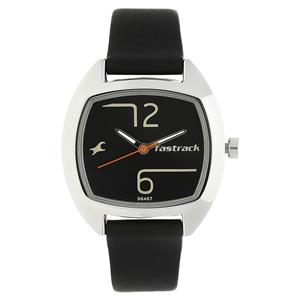Fastrack 6162SL01 Black Dial Leather Strap Watch