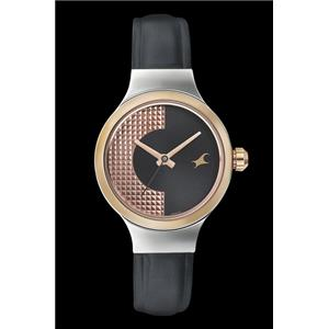 Fastrack Girls Leather Analog Black and Rose Gold Party Watch - 6134KL01