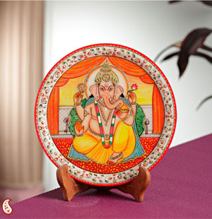 Plates-Divinely Painted Lord Ganesha Plate