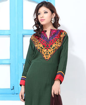 Dress Material-Hunter's Green Faux Georgette Embroidery Suit