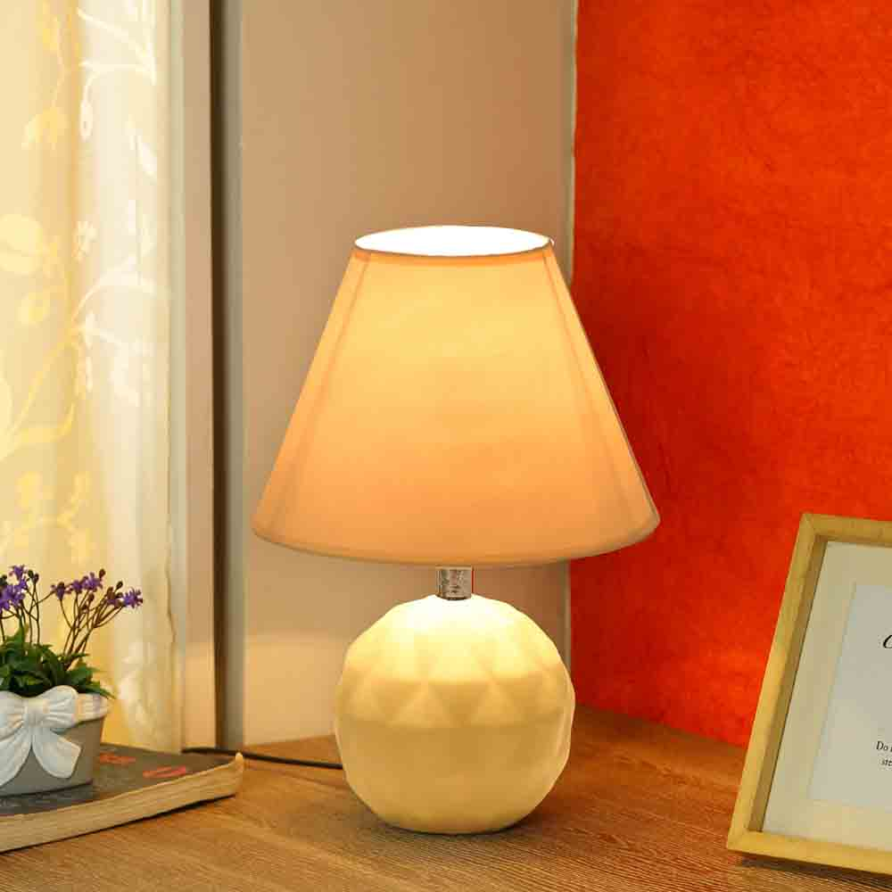 Round Ceramic Cream Colour Table Lamp