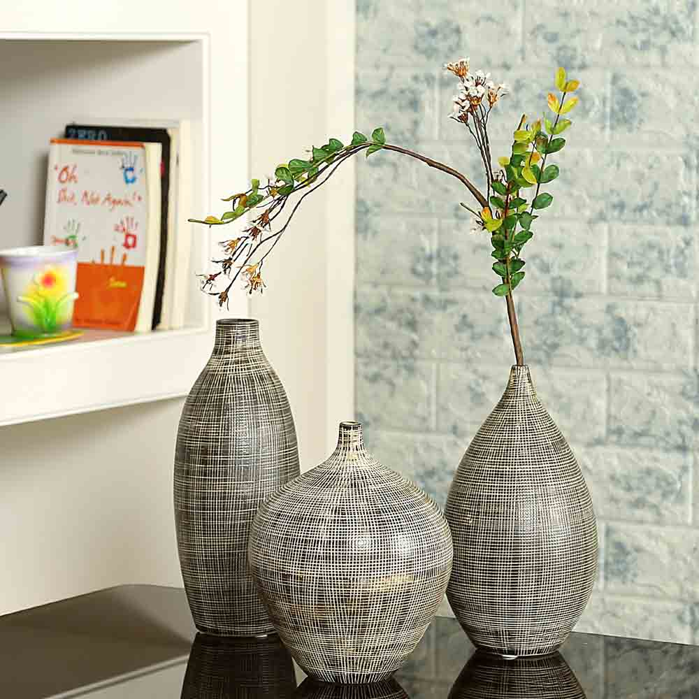Black & White Beautiful Texture Ceramic Vase Set of 3