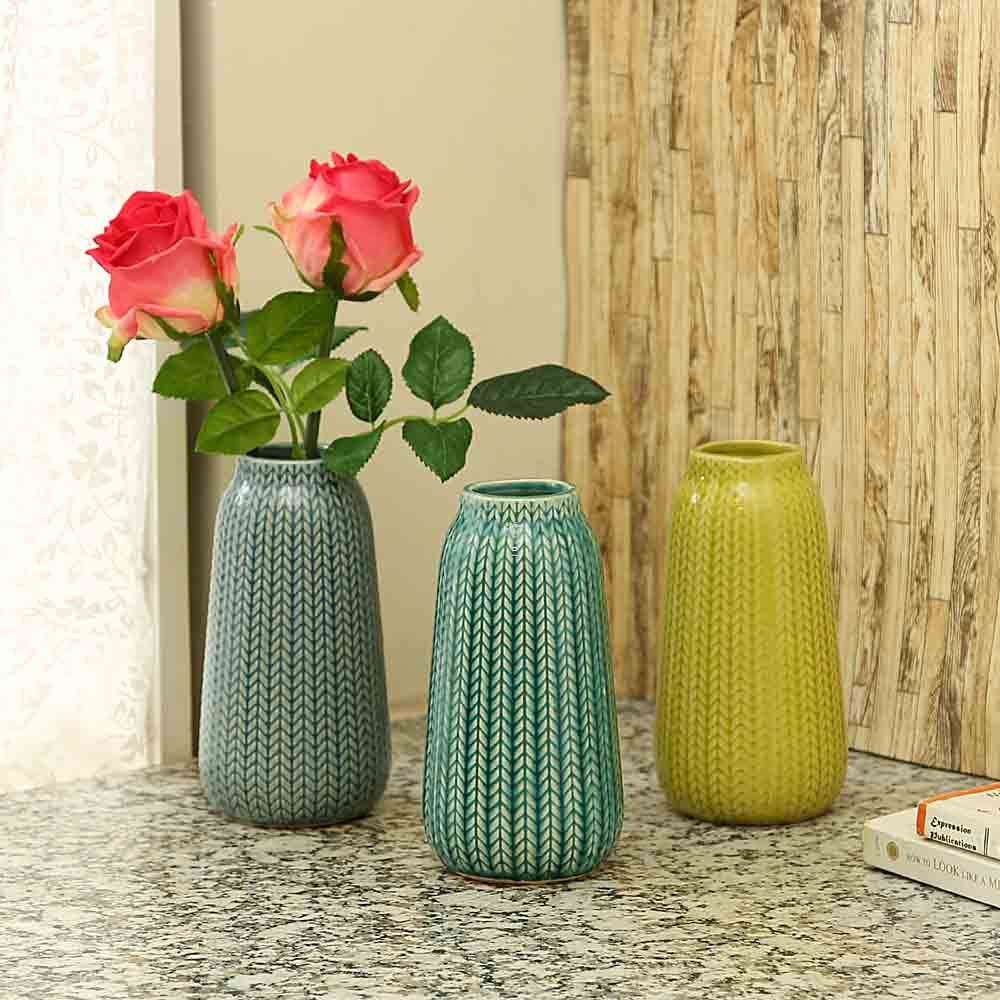 Jaggered Pattern Ceramic Vase For Home And Office - Set of 3