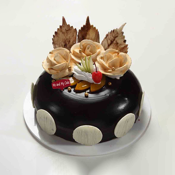 Beautiful Chocolate Cake - Bangalore Special