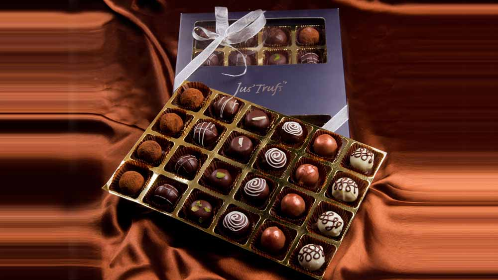 Belgian pralines box of 24