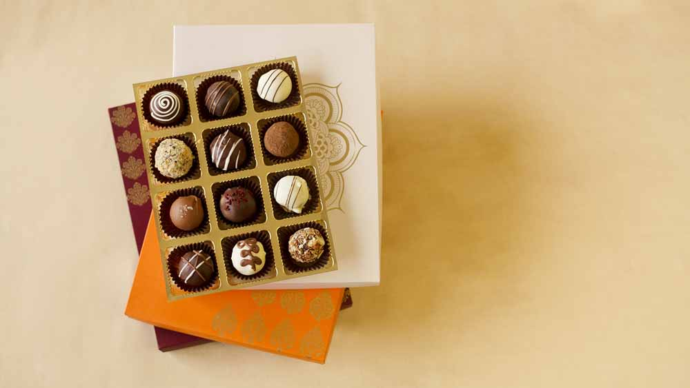 Belgian pralines Joy box of 12