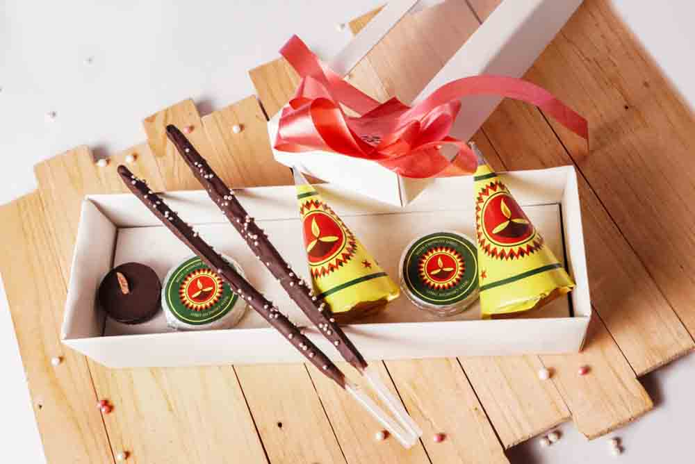 Diwali Chocolate Crackers Box of 7