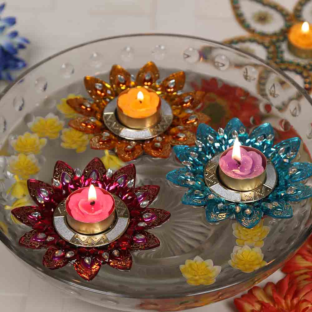 Big Floral Shape multicolour Floating Candles- set of 3