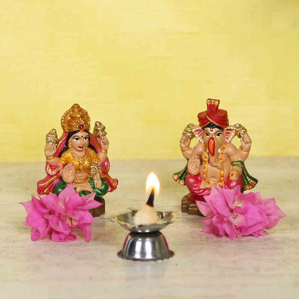 Handcrafted multicolour Laxmi Ganesh idol set