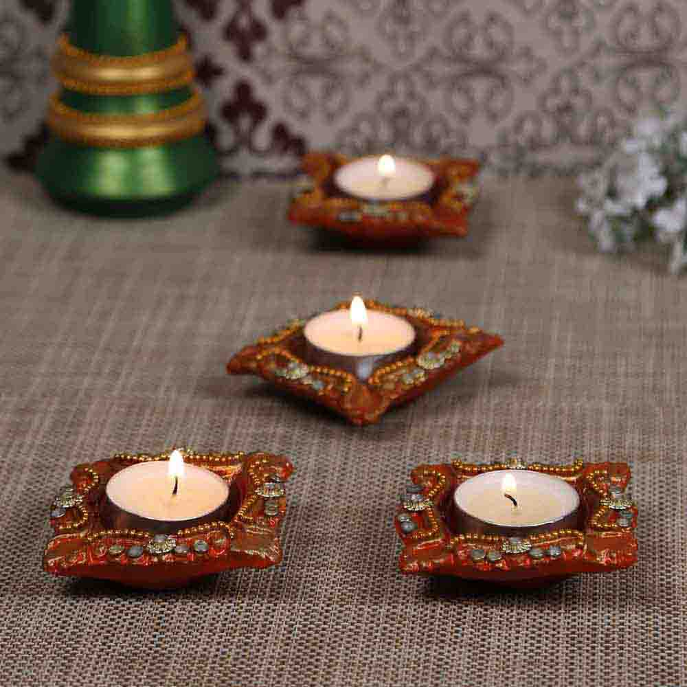 Beautiful Handcrafted Kundan work Floral Design Diyas - Set of 4