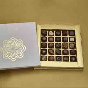 Chocolate & Cookies-Assorted box of 25