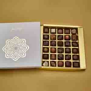 Chocolate & Cookies-Assorted box of 30