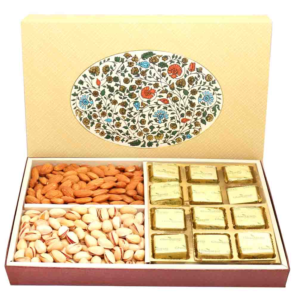 Eco 4 Part Print 12 Pcs Chocolates Hamper