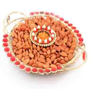 Diwali Hampers-Golden Mesh Thali with T- Lite and Almonds