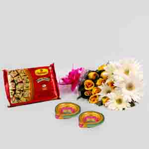 Flowers and Mithai-Mix Flower with Soan Papadi