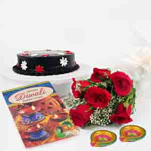 Flowers & Cakes-Chocolate Cake and Red Roses