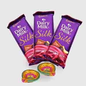 Floral Hampers-Diwali Hamper of Cadbury dairy milk silk with Diya
