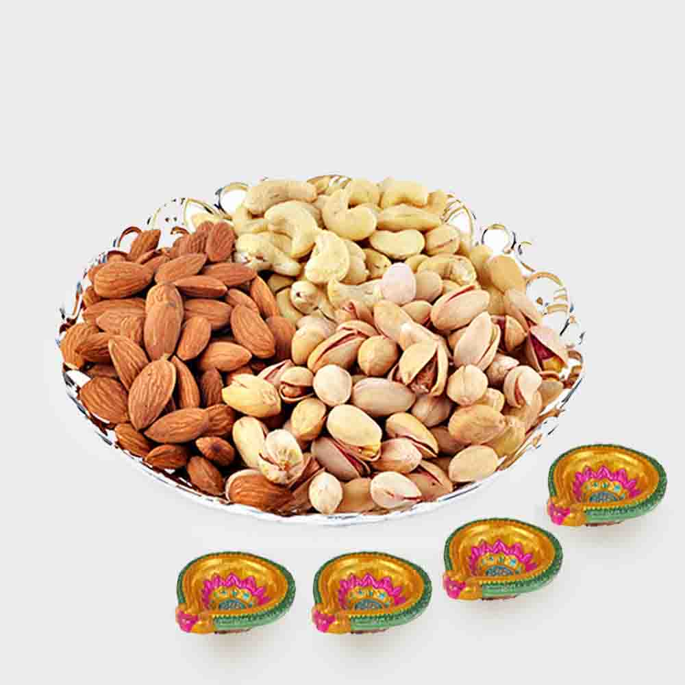 Assorted Dry fruits with 4 Diwali Diya