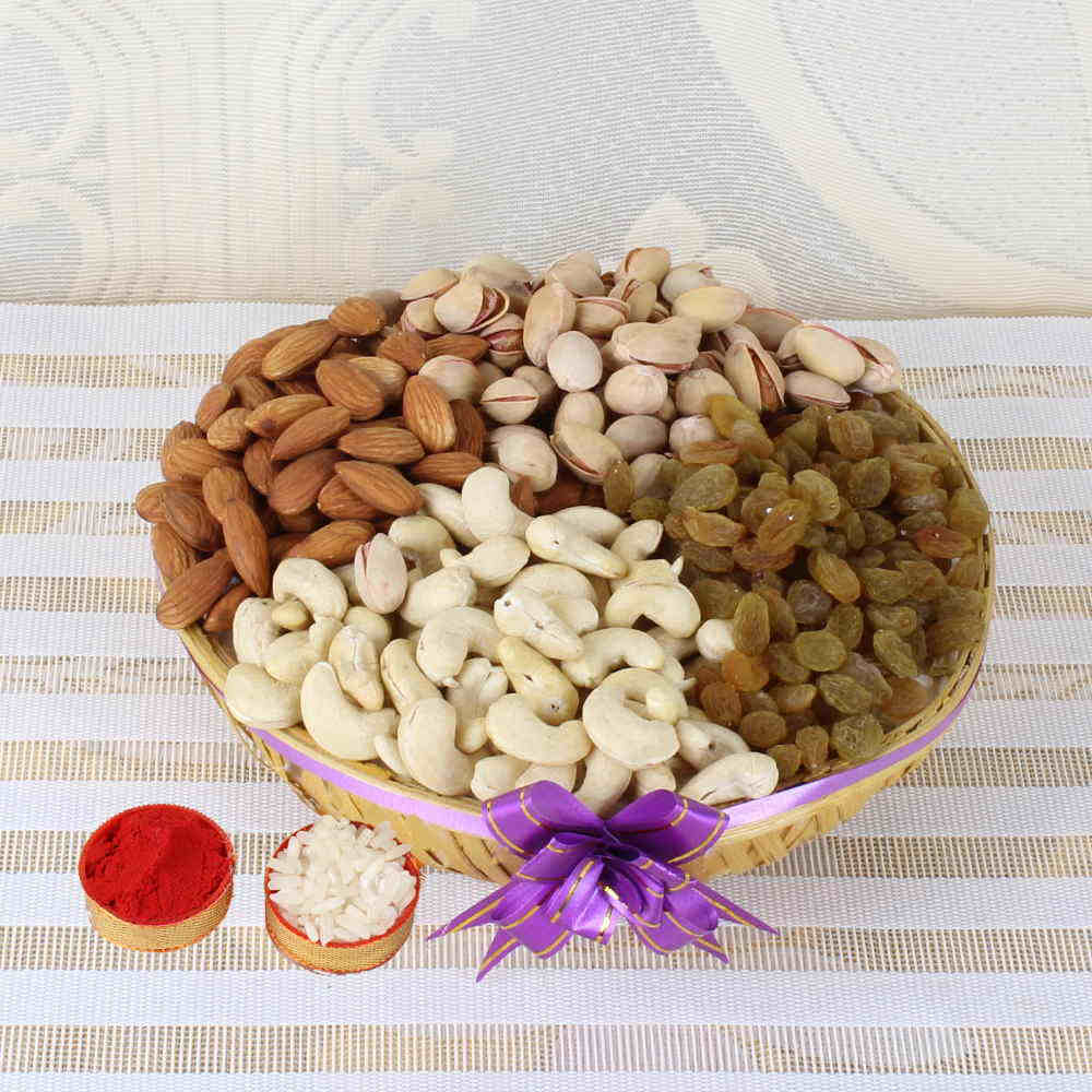 Bhai Dooj Tikka with Assorted Dry Fruits Basket