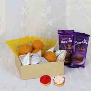 Floral Hampers-Bhai Dooj Special Super Gift Combo