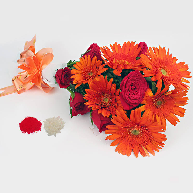 Bhaidooj Special Twin Color and Flowers Bouquet