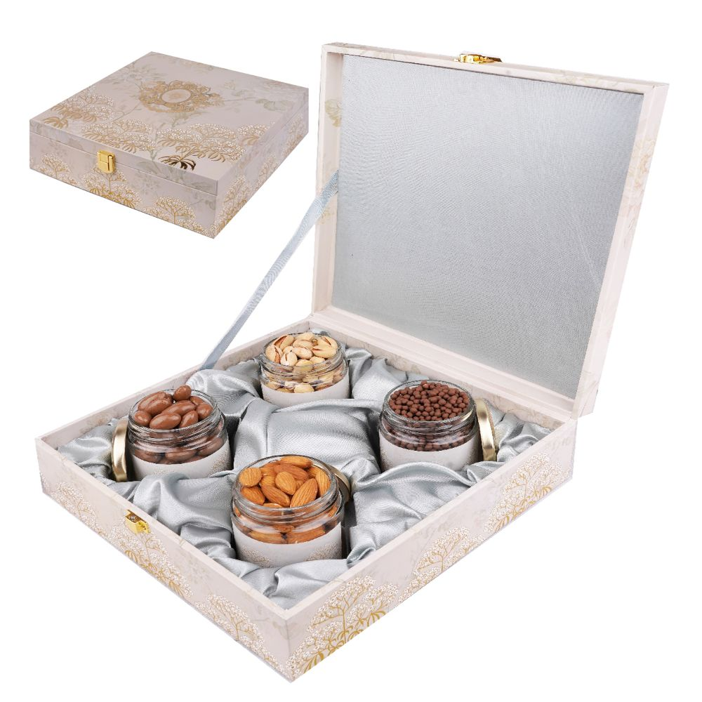 Wooden Popular Box with Almonds, Pistachios, Chocolate Coated Almonds and Rice Crispies