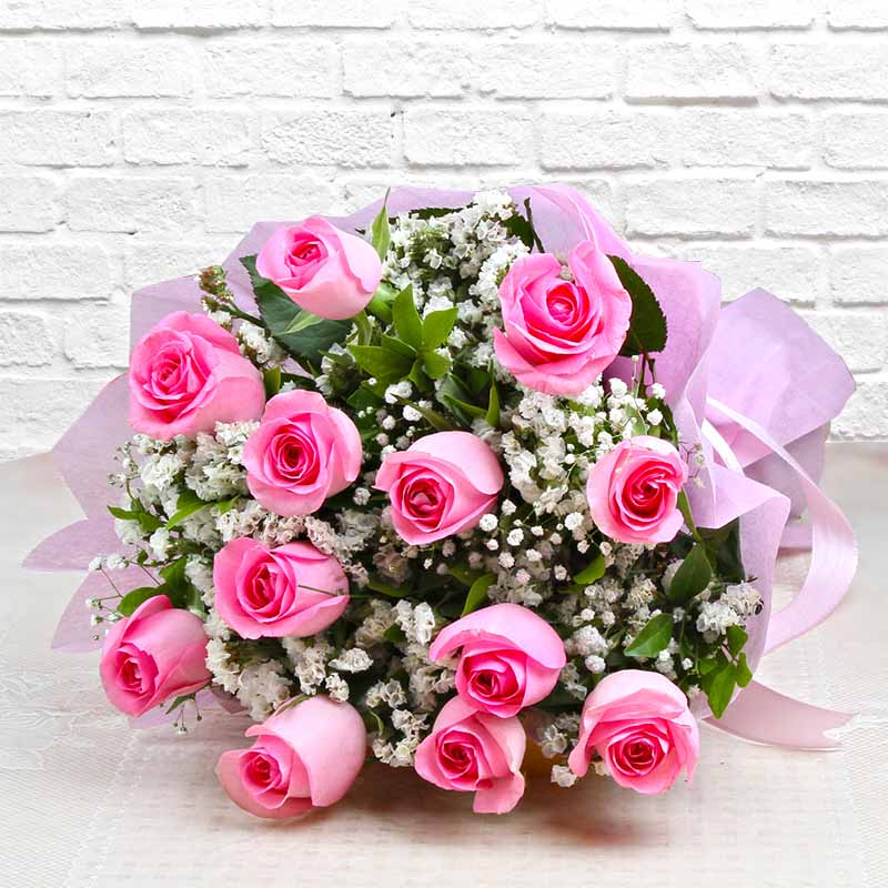 Bouquet of Dozen Pink Roses
