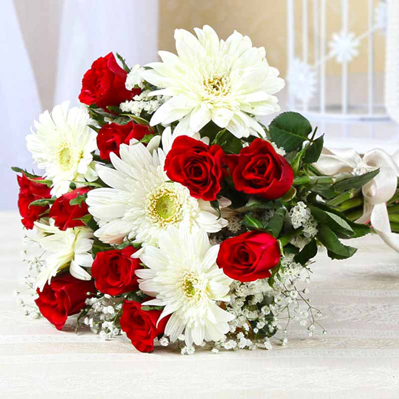 Fresh Red Roses and White Gerberas Bouquet