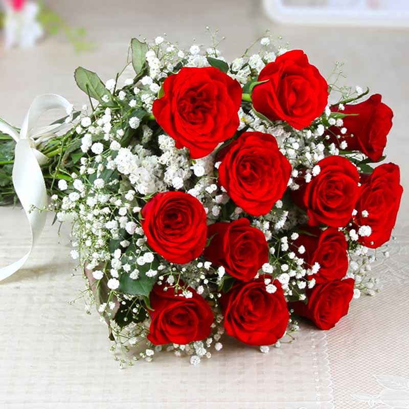 Hand Tied Bunch of Dozen Red Roses