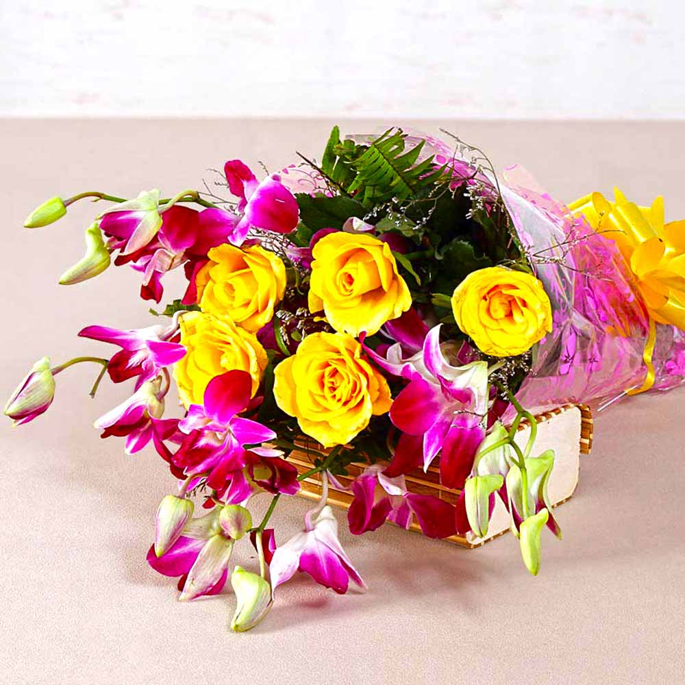 Bouquet of Orchids and Roses