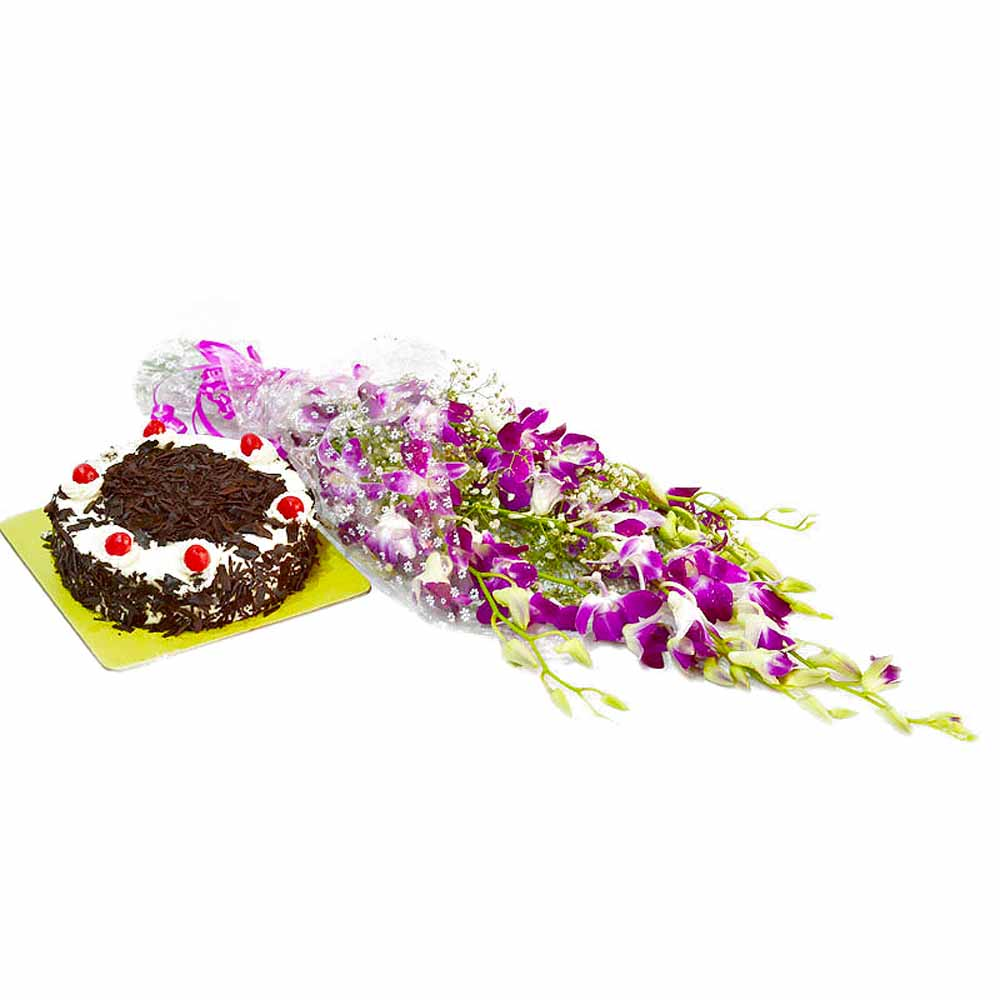 Six Purple Orchids with Half Kg Black Forest Cake