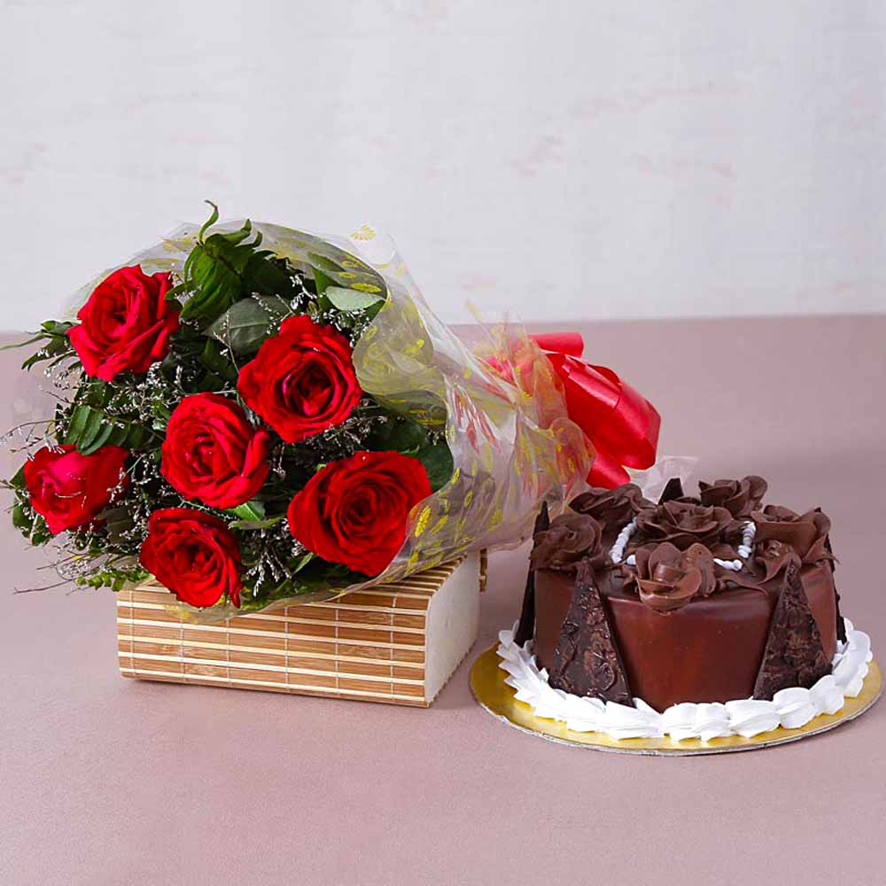 Cakes & Flowers-Six Red Roses Bunch with Half Kg Chocolate Truffle Cake
