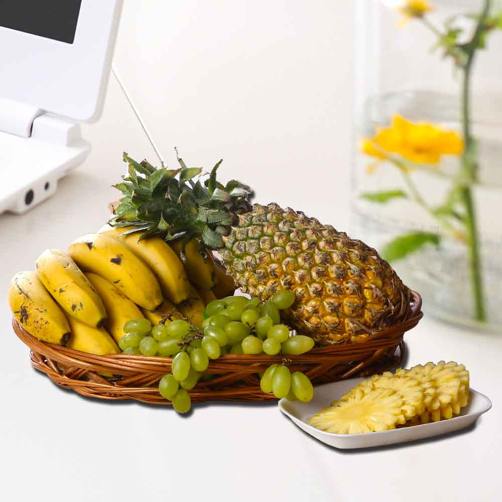 Assorted Fresh Fruits Basket