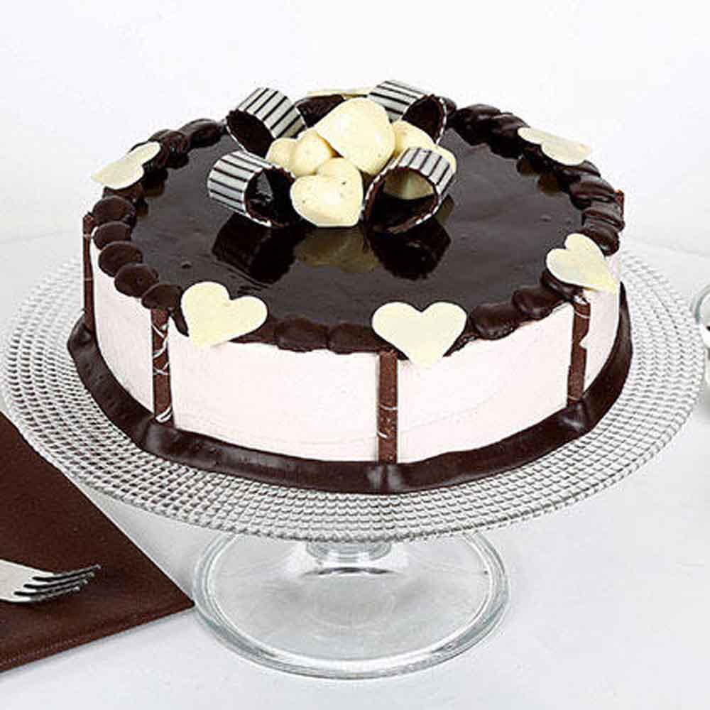 All India Cakes-Stellar Chocolate Cake Half kg