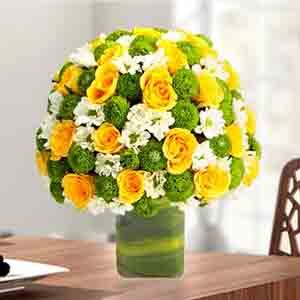 Designer Arrangements-Express Love With Yellow Roses