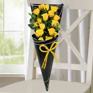 Red Roses-Joyous Yellow Roses Bunch