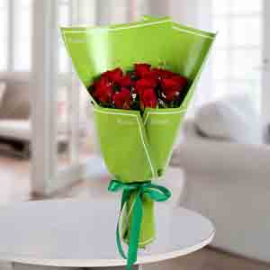 Red Roses-Delightful Red Roses Bunch