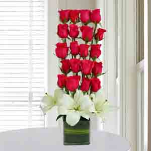 Designer Arrangements-Roses N Lilies Arrangement