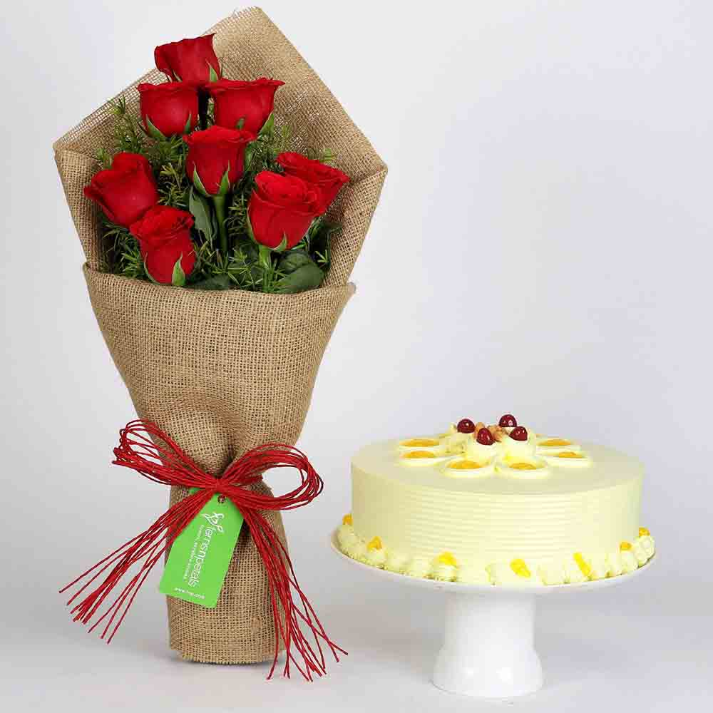 8 Red Roses Bouquet & Butterscotch Cake
