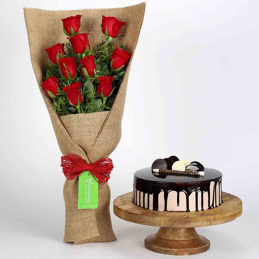10 Red Roses Bouquet & Choco Cream Cake