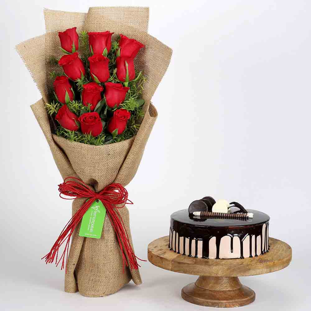 12 Layered Red Roses Bouquet & Choco Cream Cake