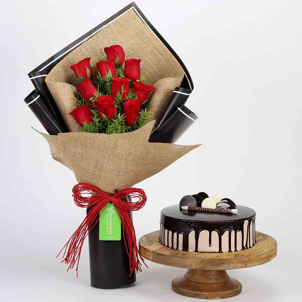 10 Red Roses & Choco Cream Cake Combo