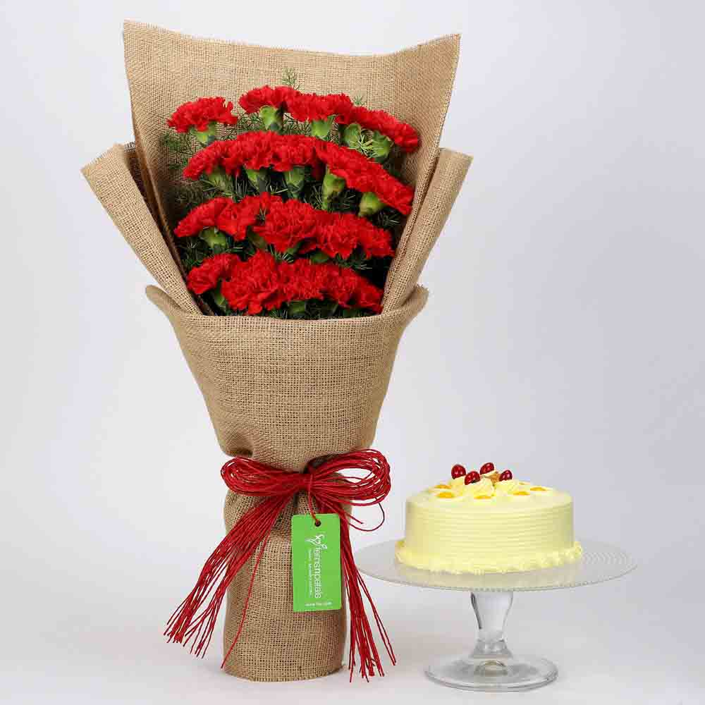 20 Red Carnations & Butterscotch Cake