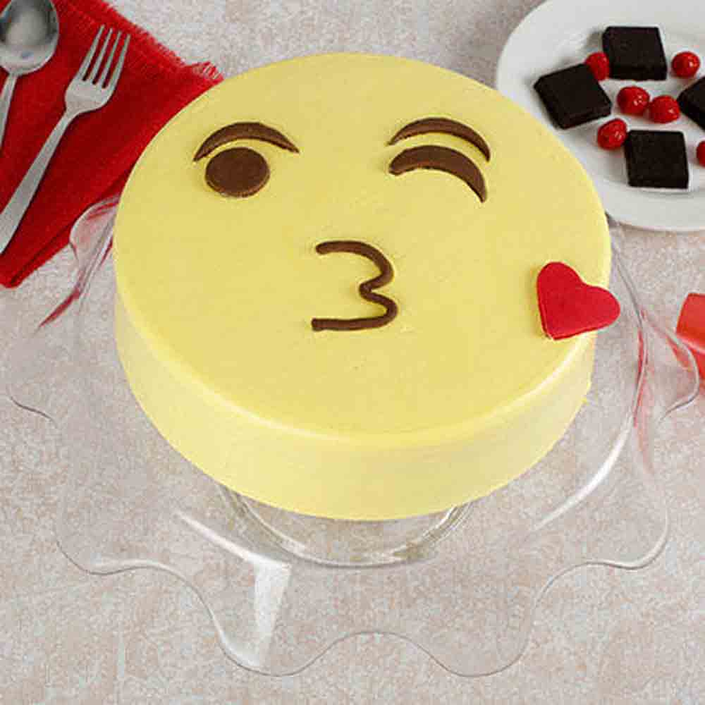 Cute Kiss Emoji Cream Chocolate Cake 1kg Eggless
