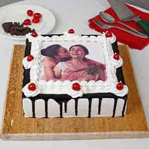 Photo Cakes-Black Forest Photo Cake for Mothers Day 1kg eggless