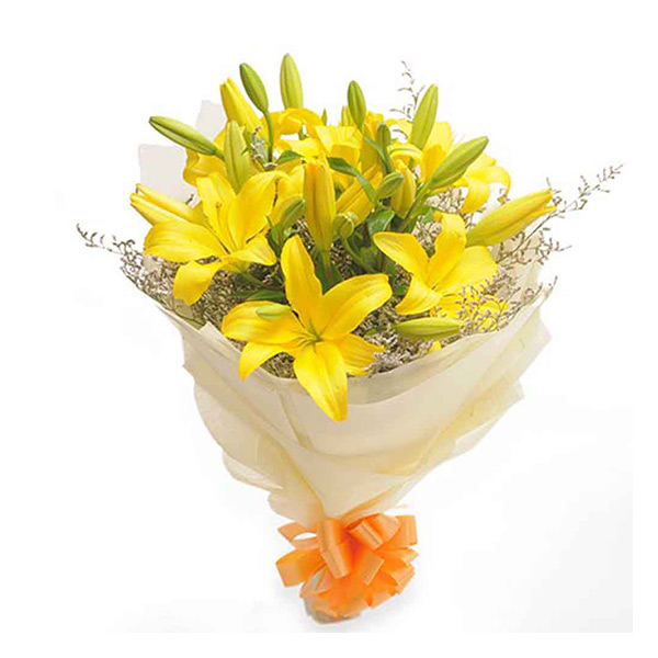 5 yellow lily bunch