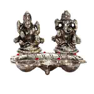 USA Special-Diwali Metal Finish Laxmi Ganesh with 3 Diyas in front
