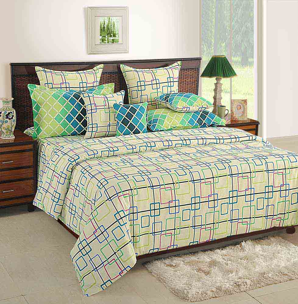 Swayam Cream and Green Colour Geometrical Pattern Bed Sheet with Pillow Covers