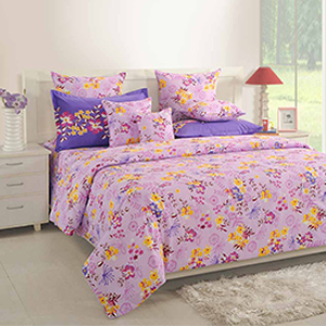 Bedsheets-Swayam Magenta Colour Bed Sheet with Pillow Covers